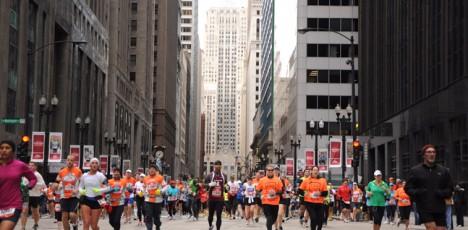 Chicago Marathon 2017 - löpare på språng