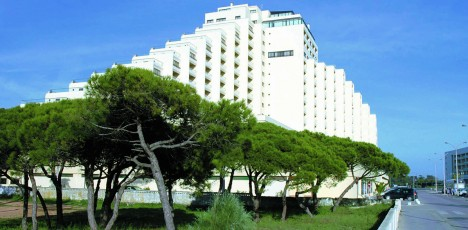 hotel_yellow