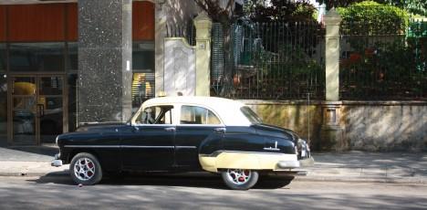 Kuba gammal bil