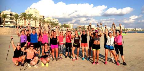 Mallorca - Aktiv Senior - stavgång på stranden