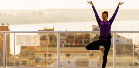 Meditaion och Yoga med Malin Berghagen.        Helhetstänk med Holistic Training och Springtime på Mallorca.      PMISUAX. Sunprime Waterfront. Springtime